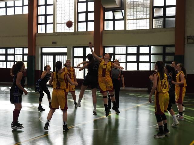Μεγάλο διπλό με έξοχο μπάσκετ οι παγκορασίδες στην Πετρούπολη.